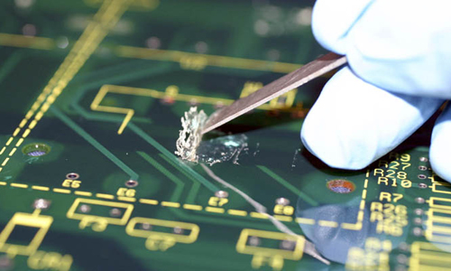 Conformal coatings can be repaired or reworked by chemical, thermal heat, or mechanical methods.