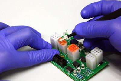 Dymax有色保护掩膜被用于印刷电路板